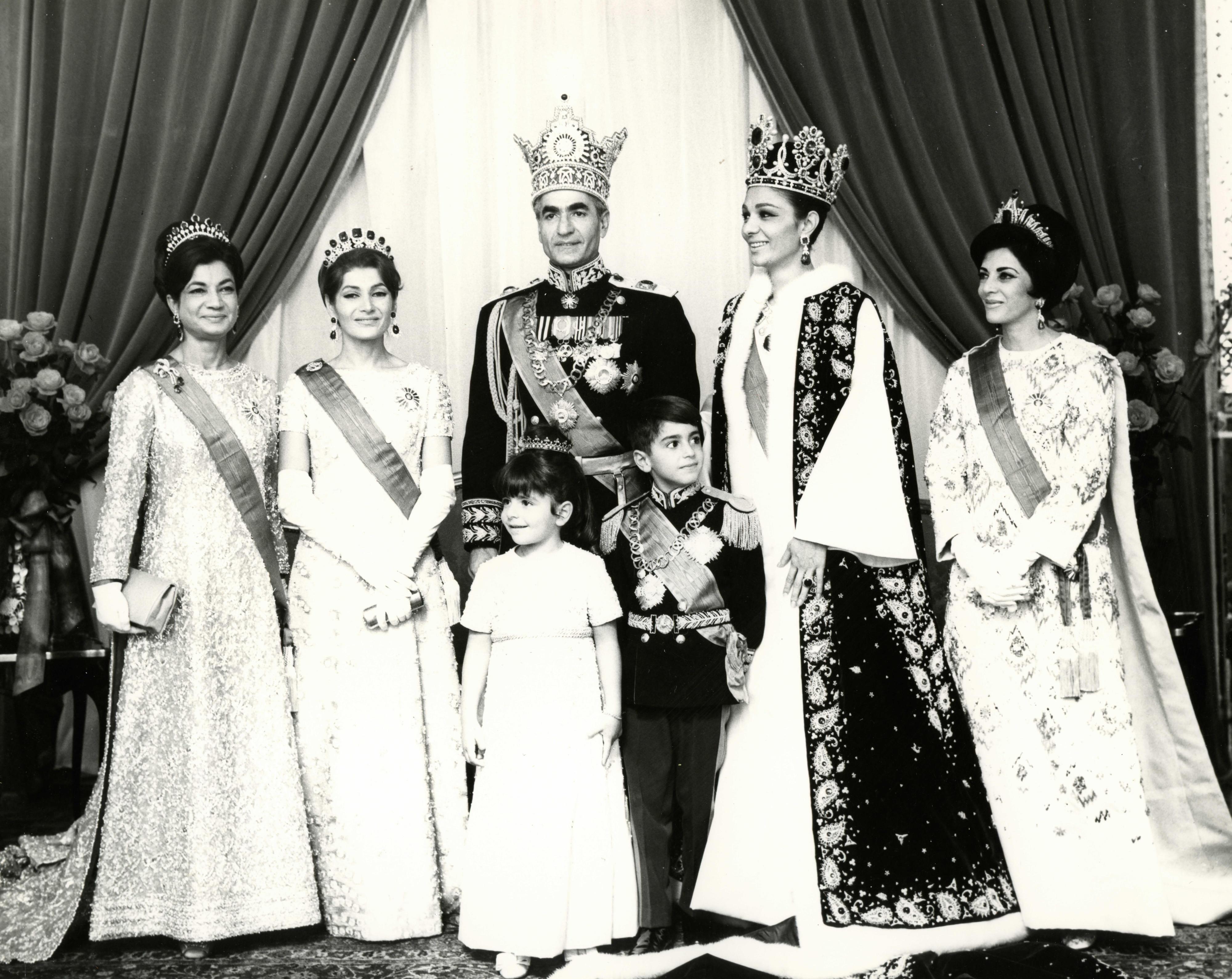 Pahlavi-Archive---Coronation-2